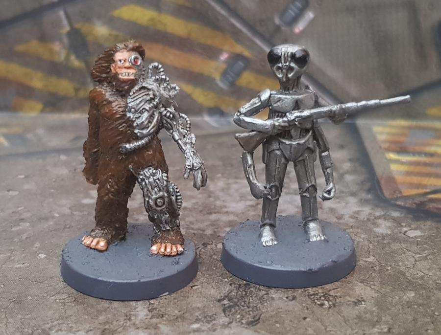 Painted Bigfoot Cyborg and Droid BountyHunter